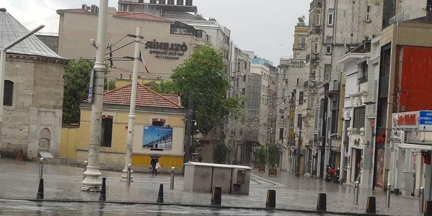 İstanbul Taksim'de önce şiddetli yağmur, sonra güneşli hava 3