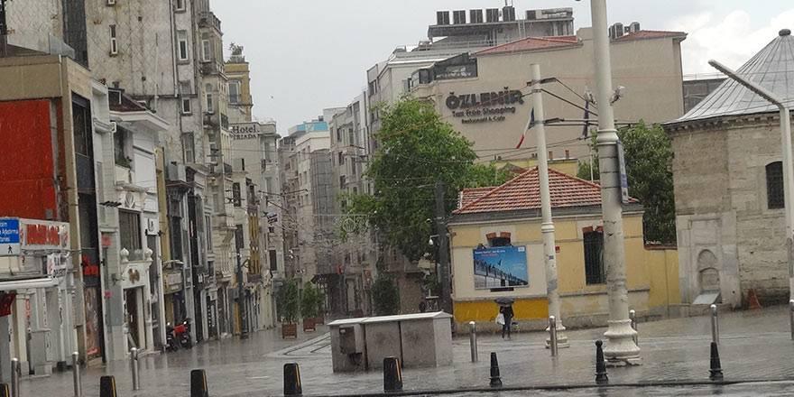 İstanbul Taksim'de önce şiddetli yağmur, sonra güneşli hava 5