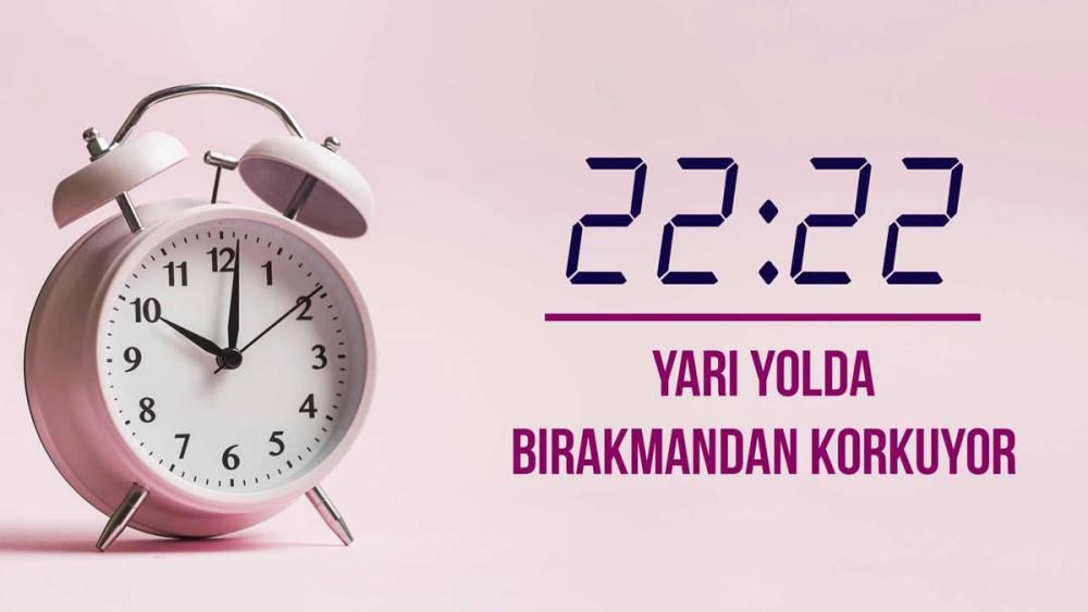 Aynı saatlerin anlamı ve çift saatlerin alamı ile saat falı 23