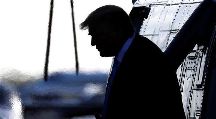 Tim Kaine, Trump'ın İran'a karşı askeri eylemlerde bulunmasını yasaklamak istiyor!