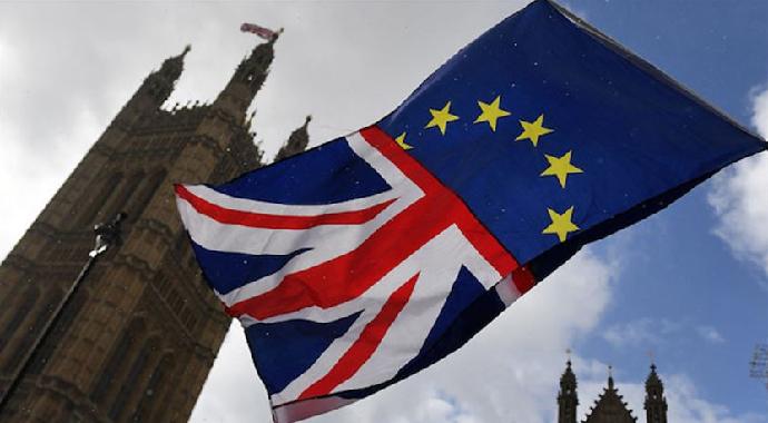 İngiltere Brexit krizi nedeniyle Sokağa Döküldü