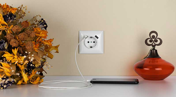 USB Portlu Prizler Giderek Yaygınlaşıyor
