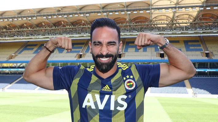 Fenerbahçe'de Adil Rami Şoku Yaşanıyor