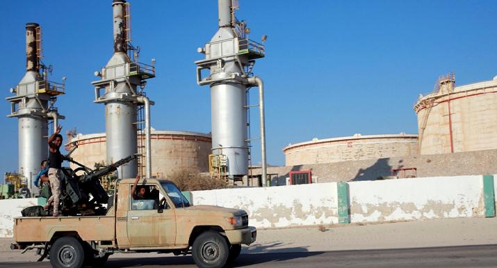 Hafter kontrolündeki limanlarda petrol ihracatı tamamen durduruldu