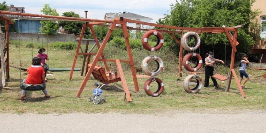 Kocaeli'de çocuklar için park yapan vatandaş muhtar tarafından darp edildi