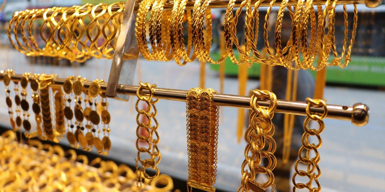 Altın borcu olanlar ve altın yatırımı yapanlar dikkat! Altın fiyatları en dip fiyatı görecek
