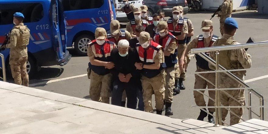 Erzurum'un Çat ilçesinde 5 kişinin öldüğü silahlı kavga olayında 2 kişi tutuklandı