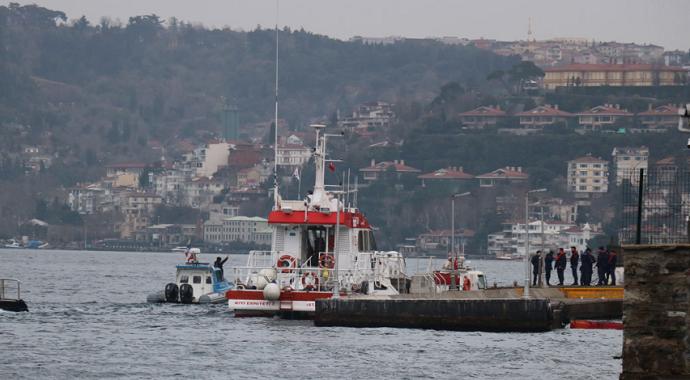 İstanbul'da taksi şoförü boğaza atlayarak intihar etti
