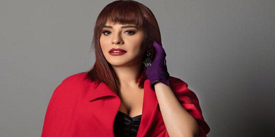 Ünlü şarkıcı Reyhan Karaca Kanlar İçerisinde Kaldı