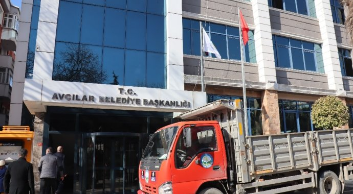 Avcılar Belediye binası taşınma kararı aldı