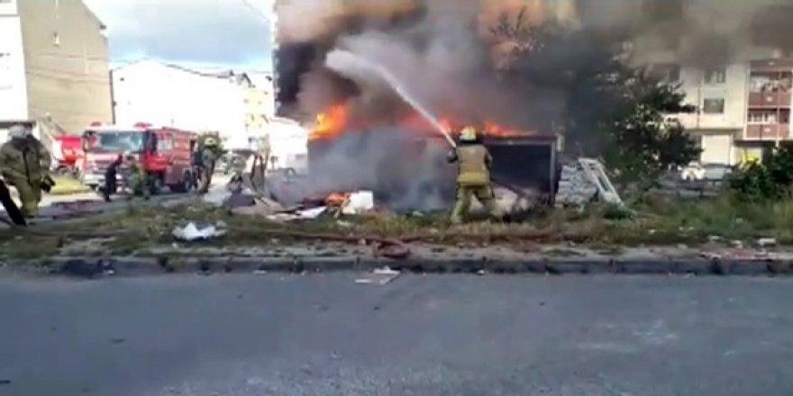 Arnavutköy'de yangın mahallede büyük panik