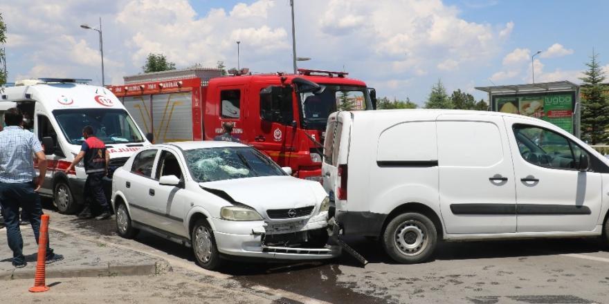 Sivas'ta trafik kazası:1 yaralı