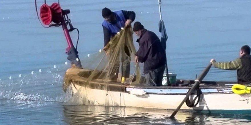 Yasa dışı su ürünleri avcılığında dikkat! Yeni dönemde binlerce ceza yağacak!