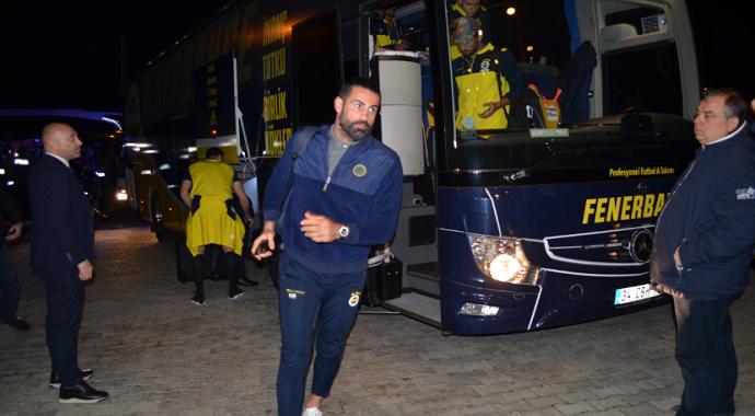 Türkiye Kupası maç öncesi Fenerbahçe kafilesi Kırklareli'nde