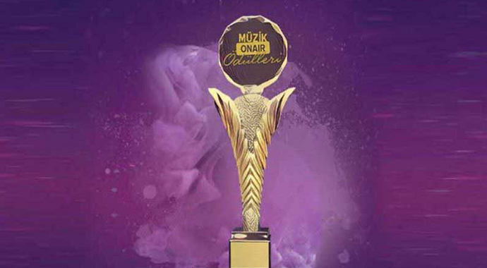 Müzik Onair Ödülleri sahiplerini buldu! Zekai Tunca'ya ödül