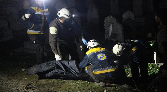 Esad rejimi ve Rusya İdlib'e saldırdı: 15 ölü