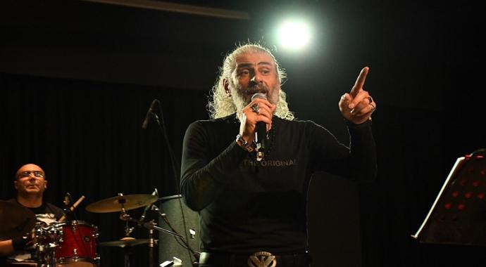 Barış Manço ve Cem Karaca şarkılarıyla anıldı