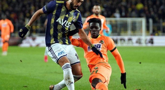 Fenerbahçe: 0 - Aytemiz Alanyaspor: 1 (İlk yarı)