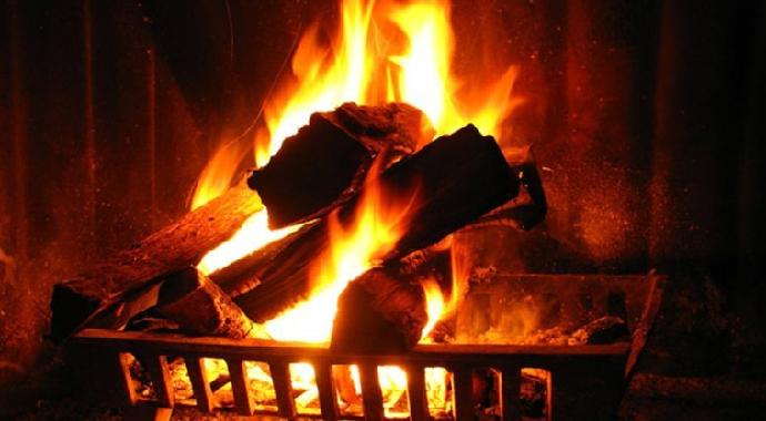 Ahlat'ta 5 kişilik aile karbonmonoksit gazından zehirlendi