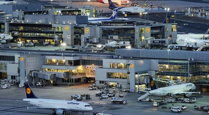 Frankfurt'ta fırtına nedeniyle 100 uçuş askıya alındı