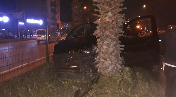Ak Parti Genel Başkan yardımcısı Mehmet Özhaseki trafik kazası geçirdi