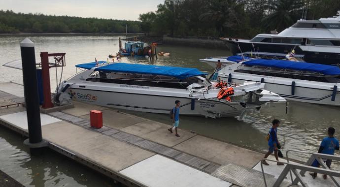 Phuket Adası'nda tekne kazası: 2 ölü, 20 yaralı