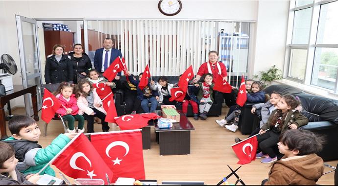 Minikler Akçakoca belediyesini ziyaret etti