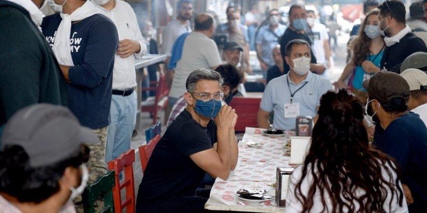 Yönetmen Aamir Khan'ın Adana'da 'Ciğer' keyfi sürüyor
