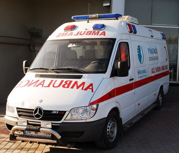 Çatıdan düşen yaşlı kadın hayatını kaybetti