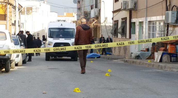 İzmir'de sokak ortasında işlenen cinayetin şüphelisi tutuklandı