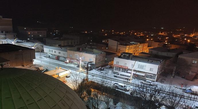 Çınar'da kar nedeniyle okullar tatil edildi