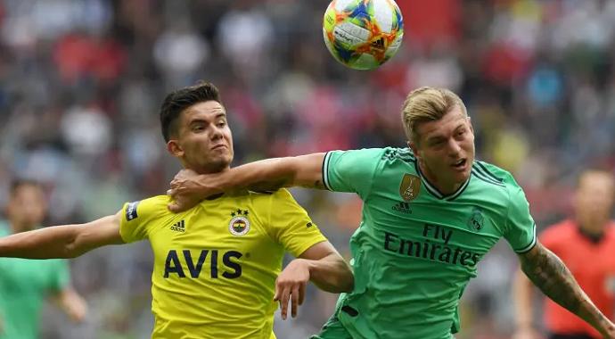 Fenerbahçe Avrupa Devleri İle Yarışıyor
