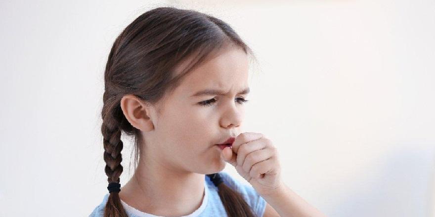 Çocuklarda uzun süreli öksürük ciddi problemlerin tetikleyicisi olabilir!