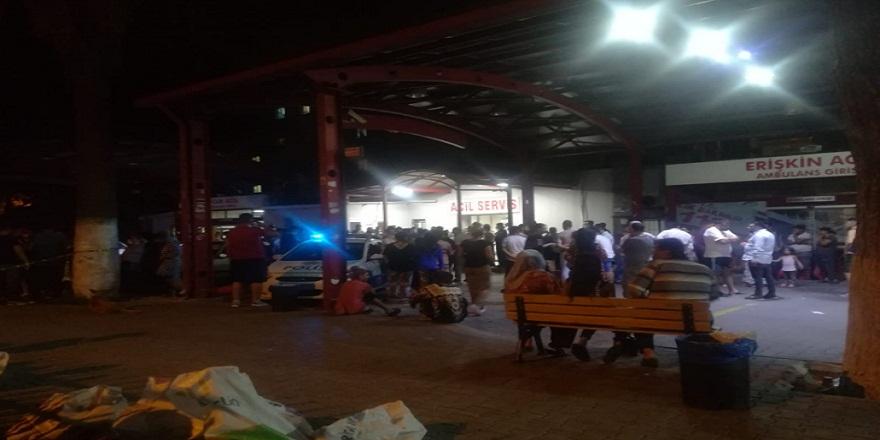 İzmir'de iki gurup arasında çıkan kavgada silahlar konuştu 1 kişi öldü 3 kişi yaralandı
