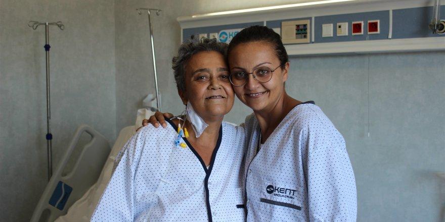 Fedakar evlatlar Bir anne kızından, bir baba oğlundan gerçekleştirilen karaciğer nakliyle hayat buldu