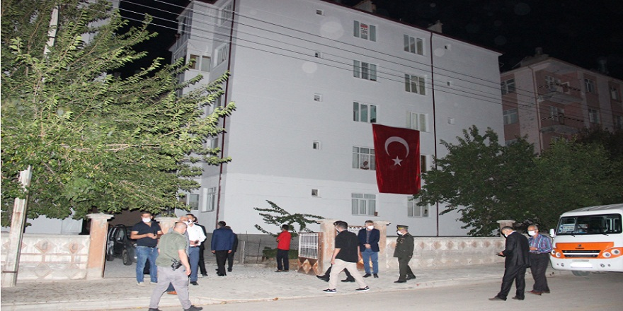 Pençe Kaplan Harekatında şehit düşen uzman çavuş Gökhan Kılınç'ın şehadet haberi Karaman'da oturan eşine ulaştı