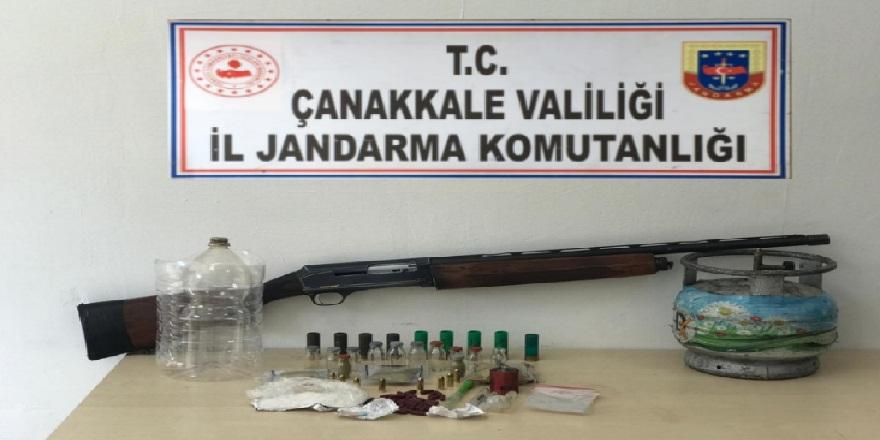 Çanakkale ve ilçelerinde düzenlenen uyuşturucu operasyonlarında 4 kişi göz altına alındı