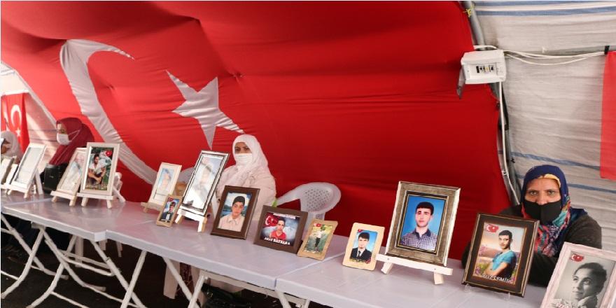 Evlat nöbetindeki aileler 380. gününde evlatları için mücadele vermeye devam ediyor!