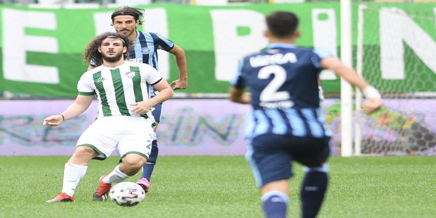 Genç futbolcu, yeşil beyazlı formayı giymeye devam etmek istediğini bildirdi!