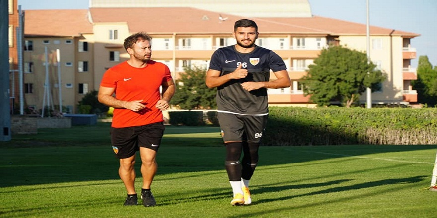 Kayserispor Erzurumspor maçında iki futbolcu sakatlığından dolayı forma giyemeyecek