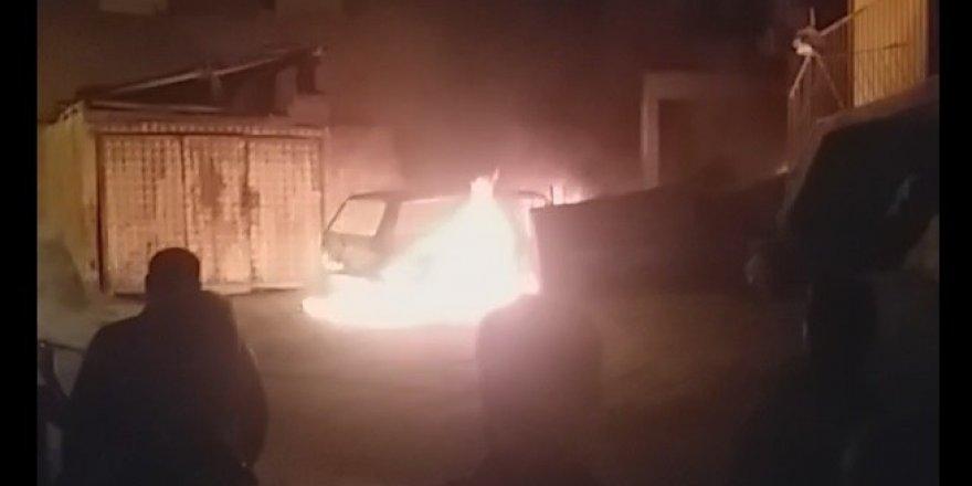Karabük'te otomobil alevlere teslim oldu