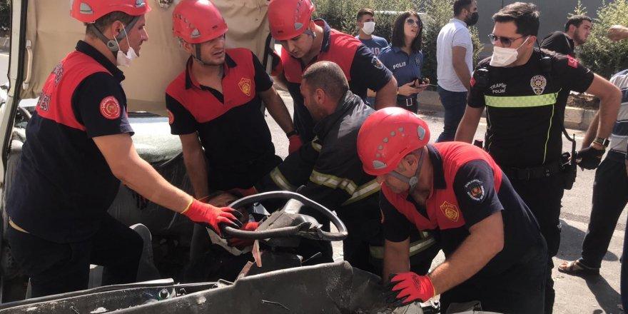 Şanlıurfa'da Feci kazada yaralanan 2 kişi hastanede hayatını kaybetti