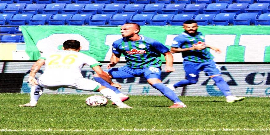 3. haftasında Süper Lig: Çaykur Rizespor: 0 - Aytemiz Alanyaspor: 0 (İlk yarı)
