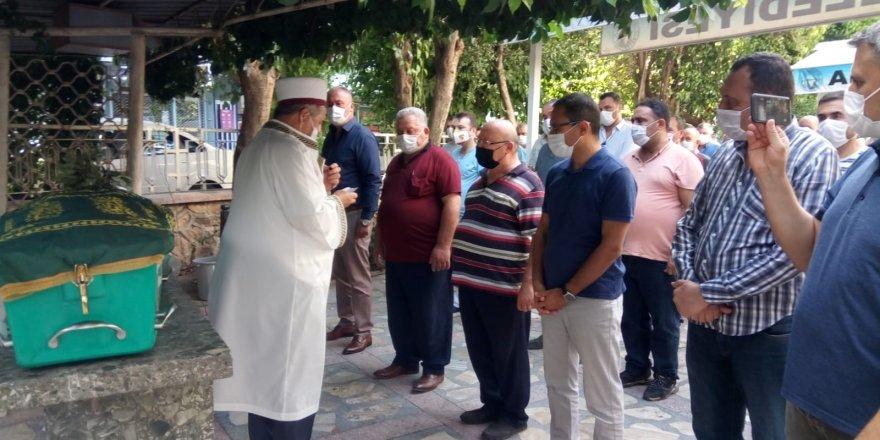 Manisa'da ölü bulunan genç öğretmen toprağa verildi