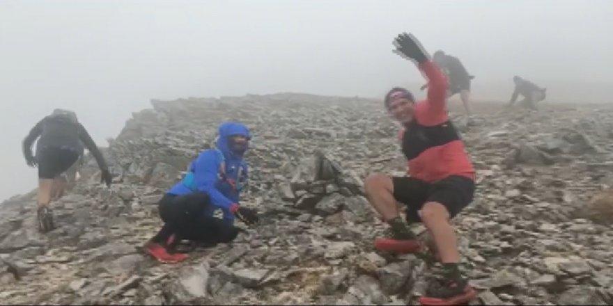 Atletler Uludağ'da fırtınaya yakalanıp, zor anlar yaşadılar!