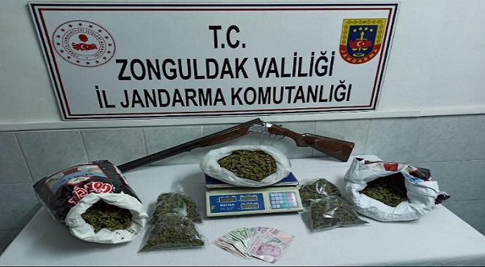 Zonguldak'ta 5 kilogram esrar ele geçirildi