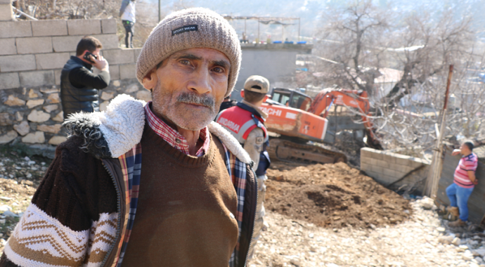 Kahramanmaraş'ta 20 yıl sonra evinin yolunu icrayla açtırdı