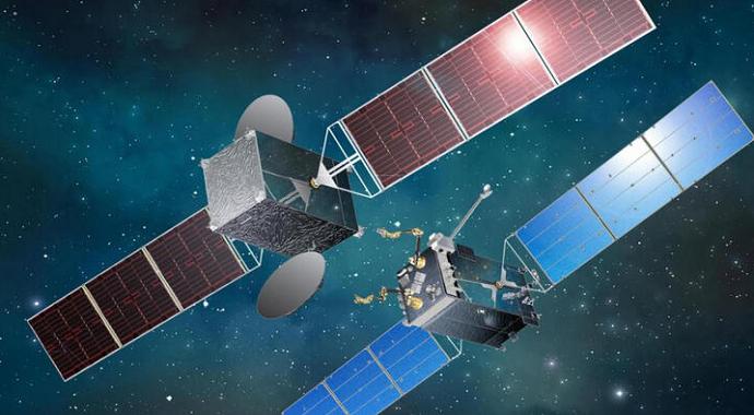 Rusya, kuzey sahillerini izlemek için uydu aracı fırlattı