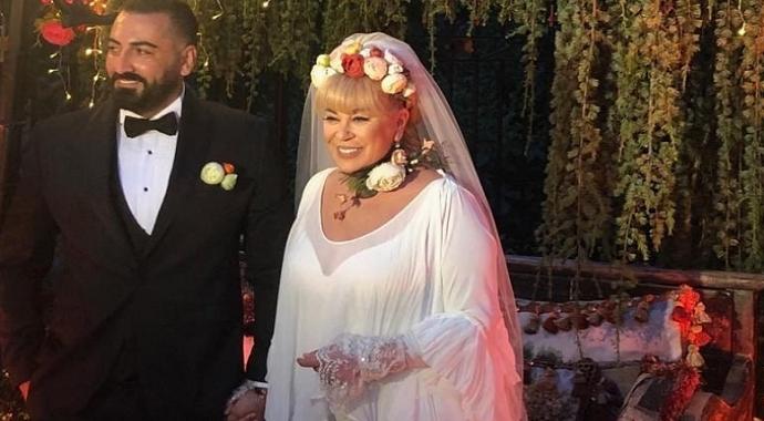 Zerrin Özer, dolandırıcılıkla suçlanan eski eşi Murat Akıncı ile barıştı