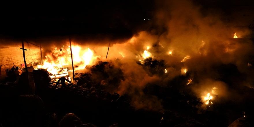 Safranbolu'da geri dönüşüm deposunda yangın!